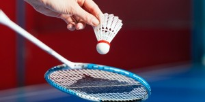 Badminton_Serve