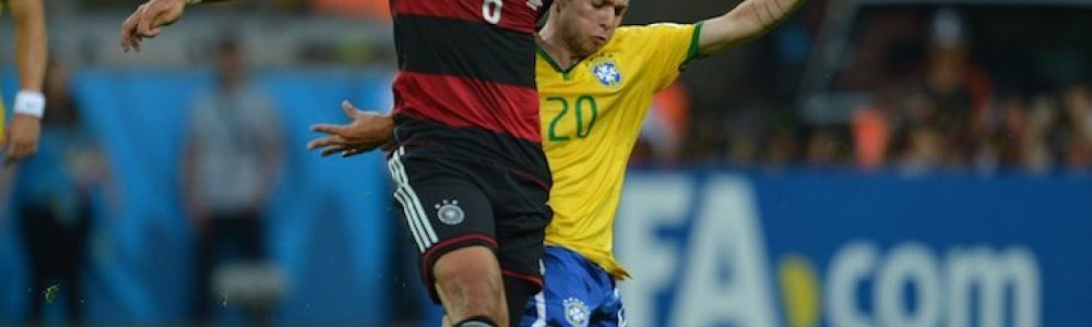 Bernard_Brazil_v_Germany_2014