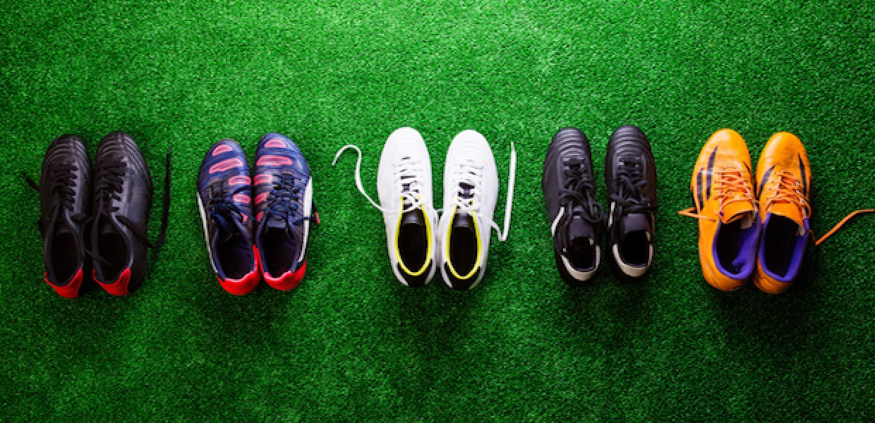 833609189 Football player boot deals explained