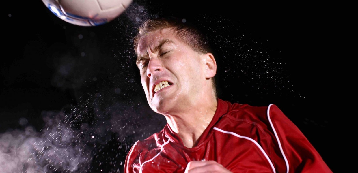 Can Soccer Headers Cause Brain Damage >> No Hands And No Heads An Argument To End Heading In Soccer At All